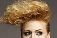 Quick-ways-to-add-volume-to-fine-hair-side