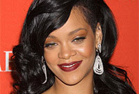 Shaved-hairstyle-ideas-inspired-by-rihanna-side