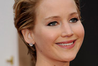Oscars-2014-who-styled-it-better-side