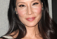 Summer-hairstyles-for-asian-hair-side