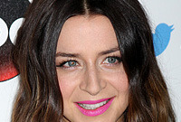 Latest-hairstyles-for-wavy-hair-october-2014