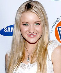 Amanda Michalka hairstyles