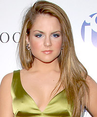 JoJo Levesque hairstyles