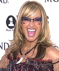 Anastacia: Straight Long Hairstyle