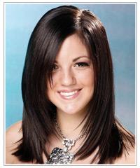 Model with dark brown hair