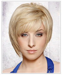 Short blonde layered hairdo