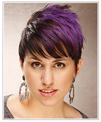 Model with purple two-tone hair