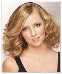 Model with medium length wavy hair