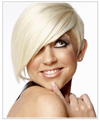 Model with platinum blonde short hair