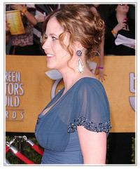 Jenna Fischer hairstyles