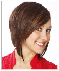 Model with brunette layered bob