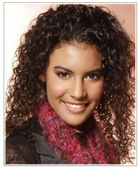 Model with naturally curly hair