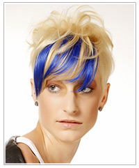 Model with blue and blonde short hair