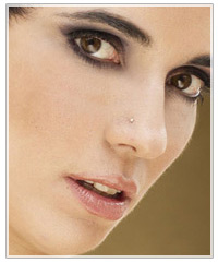 Model with smokey eyes and nude lips