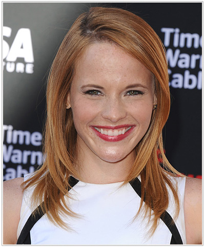 Katie Leclerc hairstyle