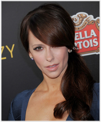 Jennifer Love Hewitt hairstyles
