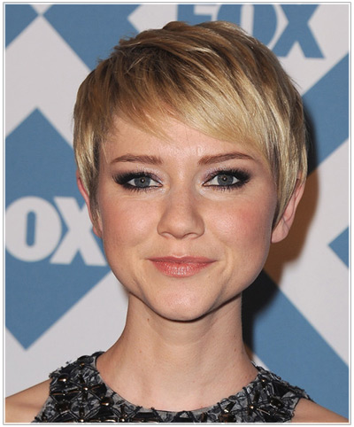 Valorie Curry hairstyles