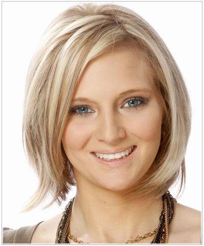 Model with a blonde bob