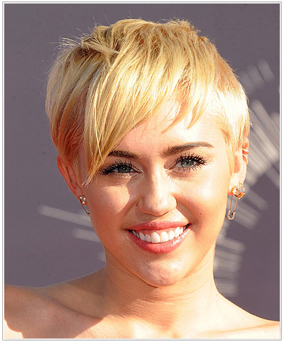 Miley Cyrus Short Platinum Blonde Hairstyle