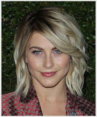 Julianne Hough Medium Wavy Hairstyle