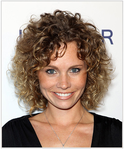 Katie Cooper Medium Curly Hairstyle