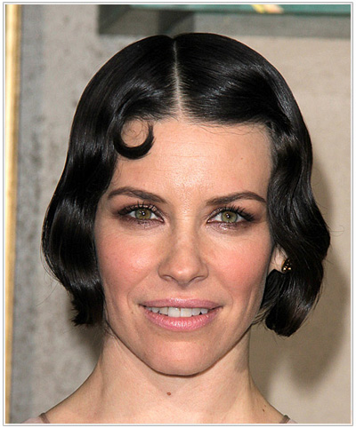 Evangeline Lilly Short Wavy Hairstyle for Square face shapes.