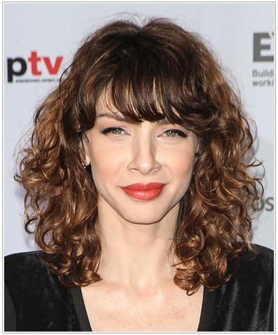 Romina Gaetani Medium Curly Hairstyle.