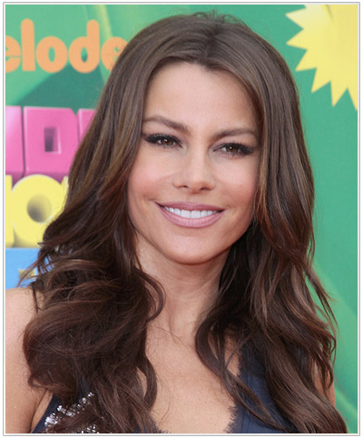 Sofia Vergara Long Wavy Hairstyle.
