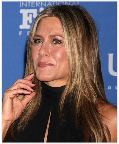 Jennifer Aniston Long Straight Light Brunette Hairstyle.