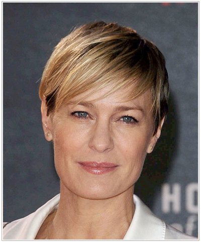 Robin Wright Short Straight Hairstyle.