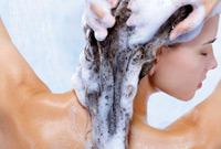 Hair-product-tips-shampoo-side