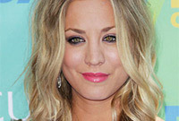 Celebrity-hairstyle-ideas-great-ways-to-wear-waves-side