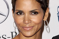 Halle-berry-earth-tone-makeup-side