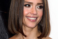Celebrity-bob-hairstyles-side