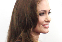 How-to-do-your-makeup-like-angelina-jolie-side