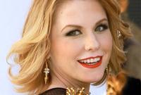Carrie-keagans-makeup-for-copper-hair-side