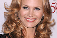 Natasha-henstridge-hair-color-like-it-or-loathe-it-side
