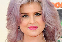 Kelly-osbourne-purple-hair-like-it-or-loathe-it-side