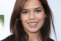 America-ferrera-straight-vs-curly-side
