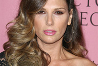 Daisy-fuentes-mousy-mane-side