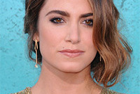 Nikki-reed-smokey-eye-makeup-for-amber-eyes-side