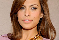 Eva-mendes-does-pastels-side