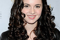 Vanessa-marano-curly-hairstyles-side