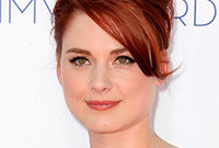 Alex-breckenridge-red-carpet-makeup-side