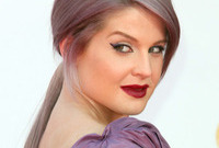 Kelly-osbourne-hair-and-makeup-fail-side