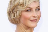 Julianne-hough-vintage-hair-and-makeup-side