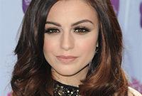 Cher-lloyd-sultry-makeup-for-brunettes-side