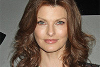 Linda-evangelista-supermodel-makeup-for-over-forties-side