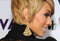 Keri-hilson-duo-tone-smokey-eye-side