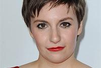 Lena-dunham-bold-makeup-style-side